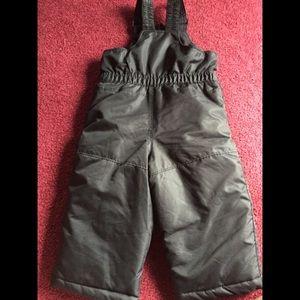 ⭐️Unisex bib style snow pants 18 months